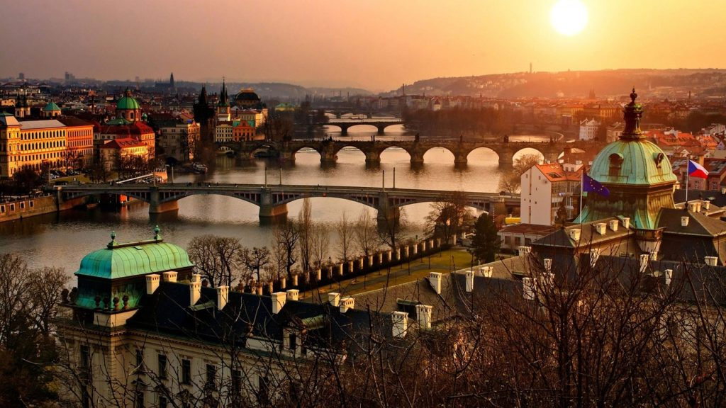 PRAGA - BUDAPEST  Salida desde MADRID - VUELO ESPECIAL DIRECTO